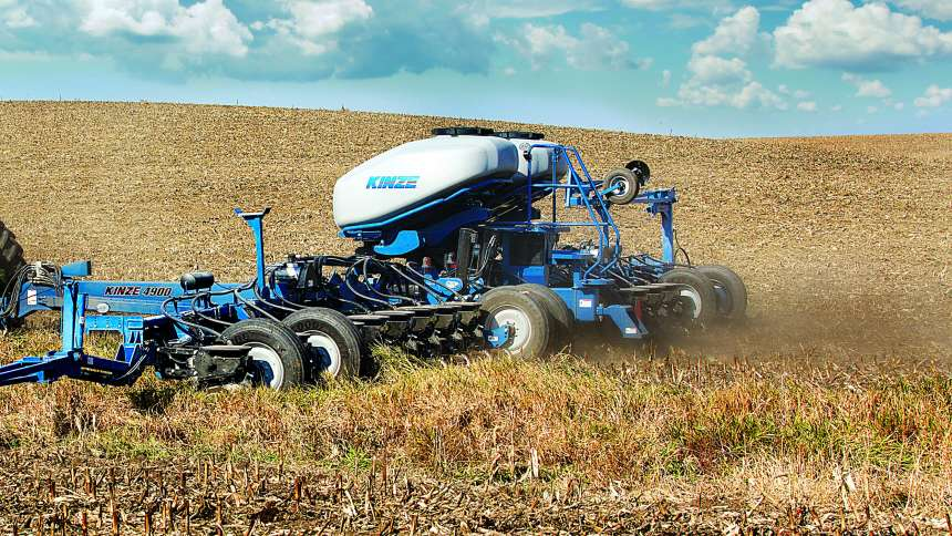 Kinze 4900 Multi-Hybrid Concept Planter
