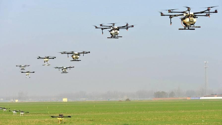 Chinese Farmers Using Drones To Spray Pesticides Precisionag